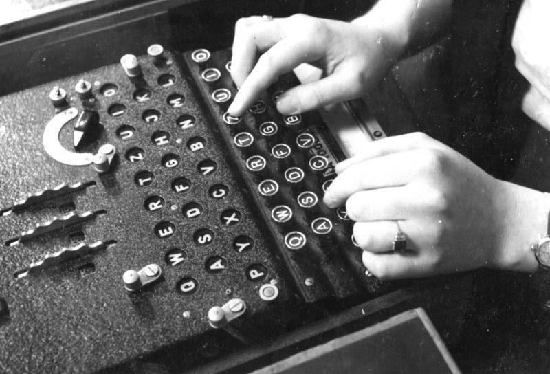 Obsługa maszyny była zadaniem na owe czasy dość nieskomplikowanym.