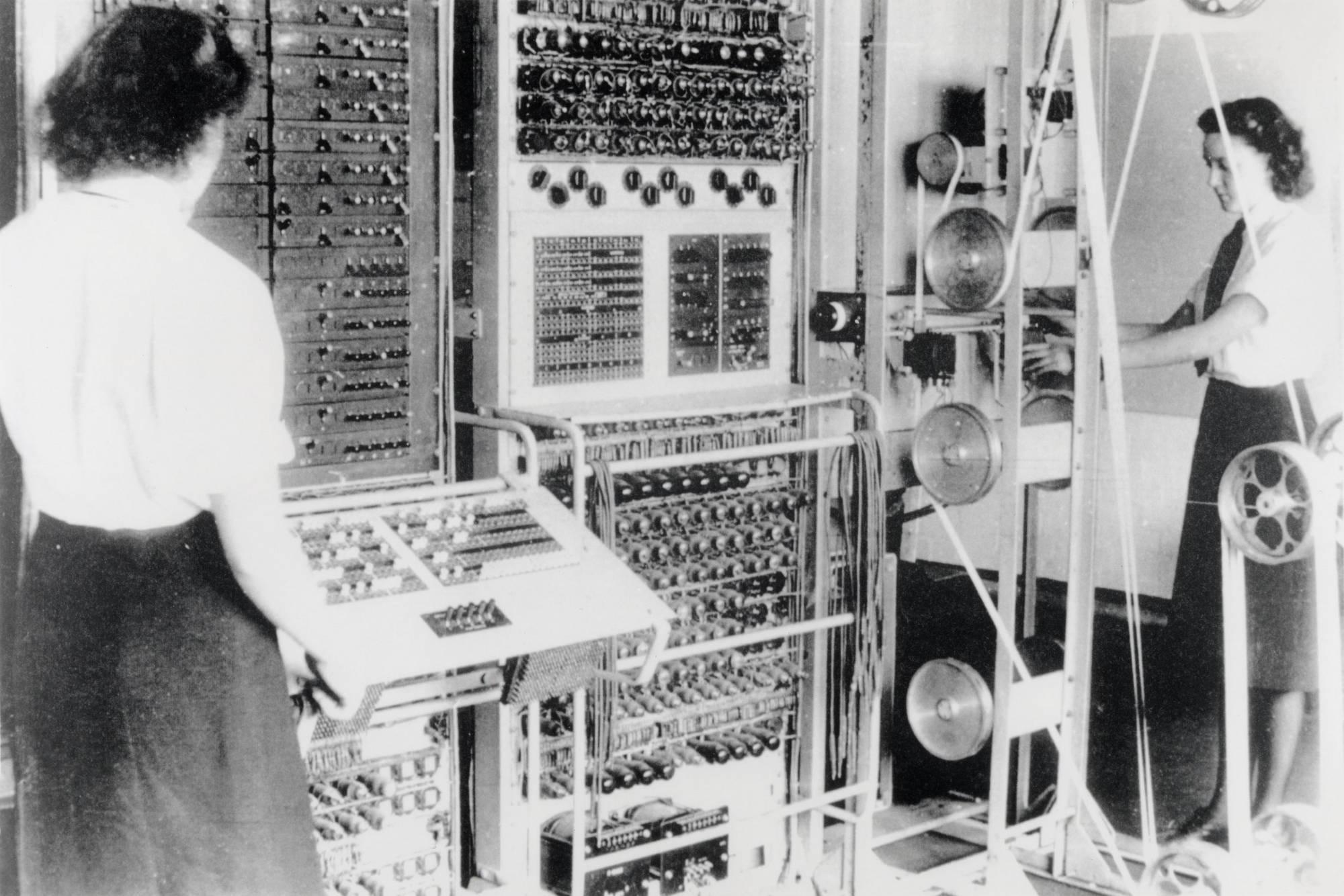 Konsekwencją opracowywania maszyn do łamanie Enigmy powstał komputer Mark I, dzięki któremu złamano maszyn Lorenza.