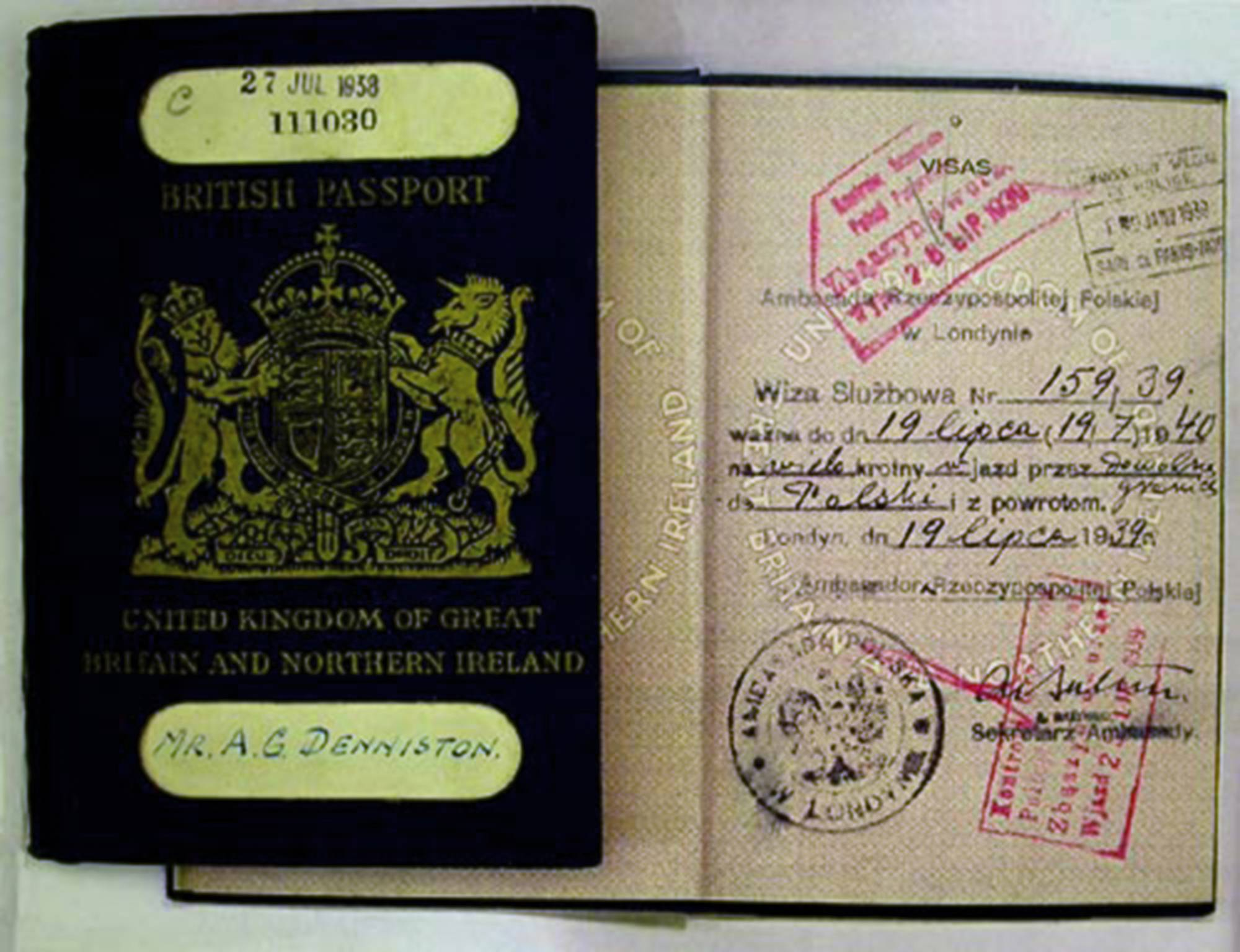 Visa in A. Denniston's passport entitling to official entry to Poland.